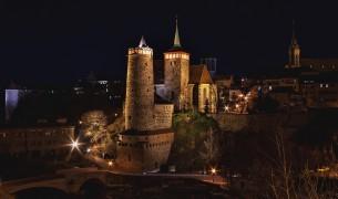 Nachtfotografie - vom Einbruch der Dämmerung über die blaue Stunde bis hin zu beleuchteten Objekten